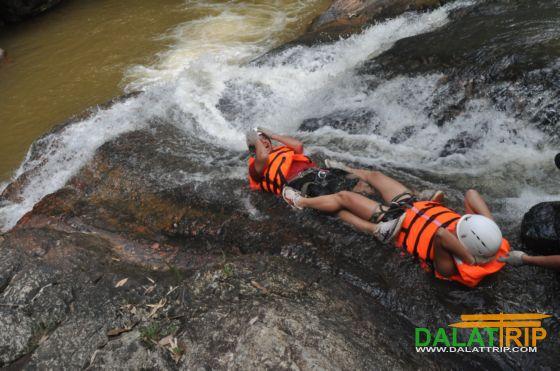 dalat-waterslide-river