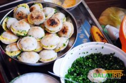 Some delicious breakfast dishes in Dalat