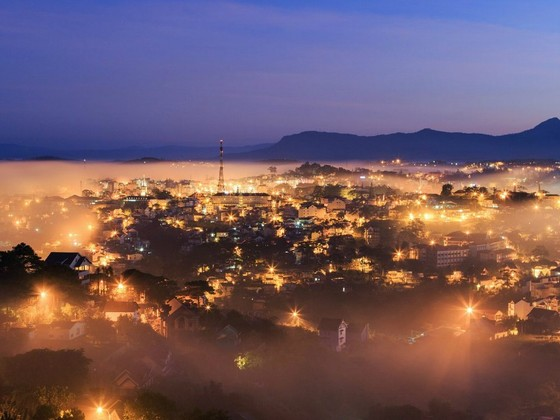 The night of the city of fog - Dalat city