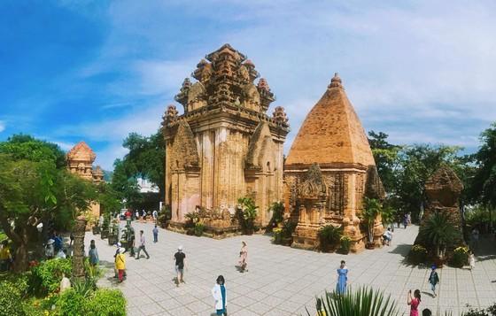 Dalat to Nha Trang tour in 1 day