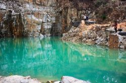 Tuyet Tinh Coc Dalat – going on bumpy path to reach the perfect shooting location